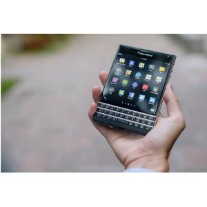 Déficiaire, Blackberry ne concevra plus de smartphones